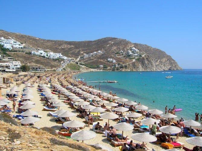 Vacation sports single men Mykonos